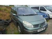 Renault scenic 2005 7 seater blowed engine for parts or repair