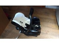 Maxi Cosi cabriolet baby seat and base.