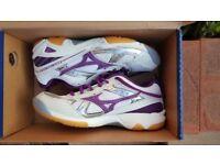 Womens Mizuno Trainers (Brand New Size 5)