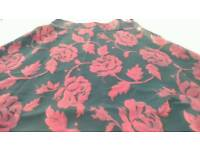 Skirt red and black floral Puruna