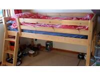 Midi sleeper ladder bed