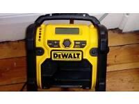 Dewalt DAB radio with 10.5 Battery