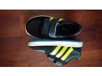 Adidas trainers size UK6 infant