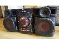 Brand New LG Mini Hi Fi CD/Radio/MP3/USB