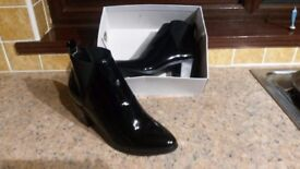Head Over Heels By Dune Size 6 Ladies Black Patent Ankle Boots