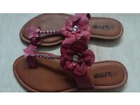 Brand New Ladies Womens Lovely Floral Sandals Shoes size 7/40