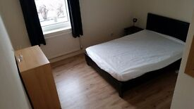 DOUBLE ROOM STIRLING BILL INCLUDED
