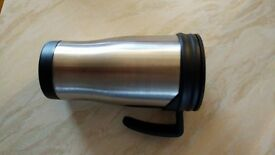 2x good quality metal thermosflask. holds roughly 350ml. Never used.