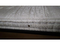 Used-King-Size-5-Ft-1500-Pocket-Spring-Mattress-still-good-condition