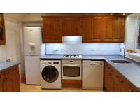 Kitchen Units, Worktop, Cooker, Hob and Cooker Hood
