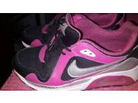 Size 5.5 ladies Nike