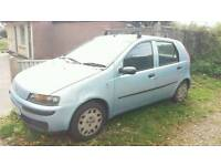 Fiat punto 1.2. £350.