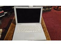 MacBook (2009) for Sale