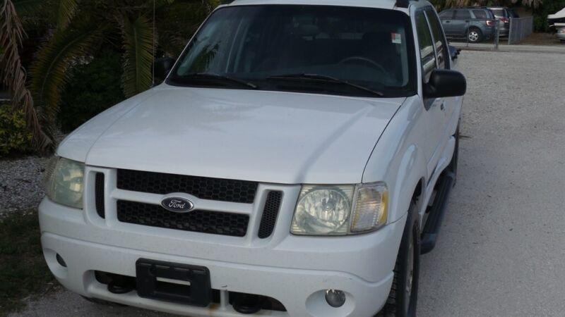 Image 2 Voiture Américaine d'occasion Ford Explorer Sport Trac 2004