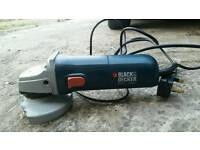 BLACK AND DECKER ANGLE GRINDER
