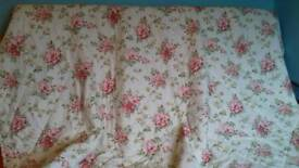 Bedspread/throw