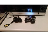 Samsung WB600 Camera with SD CARD and USB Charging Cable GOOD CONDITION