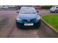 Mazda 3, 1 owner, 2 keys