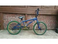 Boys/adults bmx bike