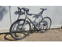 WHYTE RD7 SUSSEX - ROAD BIKE - DISC BRAKES - RRP-£895 - Not Cube Giant Cannondale Specialized