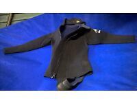 DiveTeam 6mm Wetsuit, Longjohn with hooded jacket, both size Medium