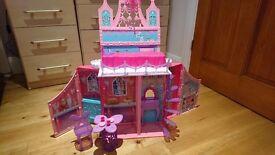 Barbie Mariposa & The Fairy Princess Castle - excellent condition