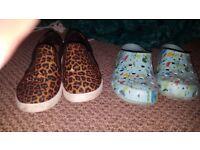 Womans croc shoes