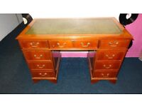chesterfield leather top writing desk with key