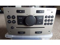 Official GM Vauxhall UK CD MP30 Head unit with code, immaculate, fully working.