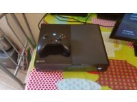 XBOX ONE 500 Gb. With Original Controller and 1 Game.