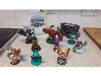 Skylanders Spyro Adventures for XBOX 360 with portal and 9 figures