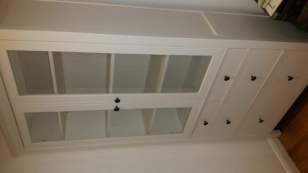 Ikea hemnes display cabinet in West Molesey Surrey  : 86 from www.gumtree.com size 1024 x 576 jpeg 37kB