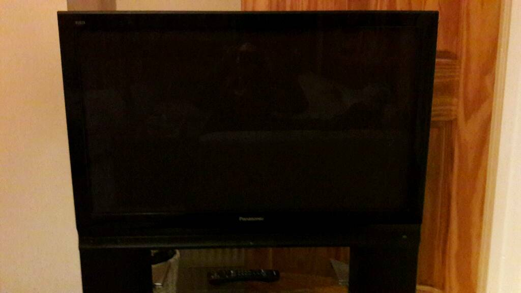 "Pansonic Viera 42"" plasma TV with stand and remote great condition"