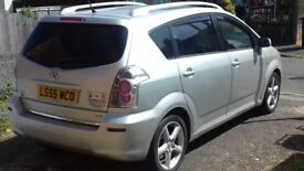 7 seater Toyota corolla verso 2.2 diesel T180 D-4D 2005 73.000 miles with dvd player screens