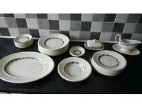 Wedgwood Stratford Etruria dinner service, exceptional condition