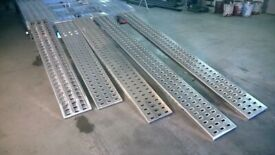 BRAND NEW ALUMINIUM PUNCHED DECKING RAMPS FOR RECOVERY TRUCKS/TRAILERS 250CM (2.5M)