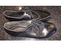 Black tap shoes size 7