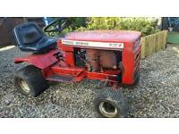 Wheel horse compact tractor