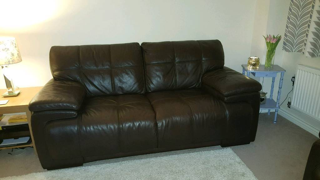 Scs 2 Seater Leather Sofa In Bishop Auckland County
