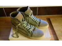 High Tops by Rio Ferdinand/Five. Size 9
