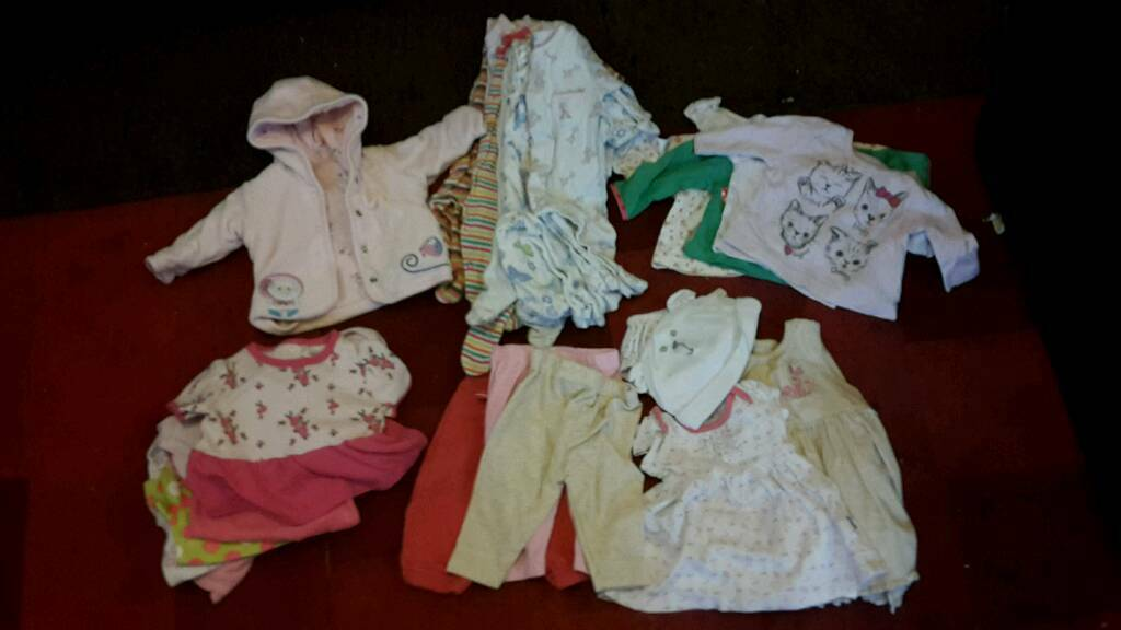 Newborn baby girl clothes bundle, vgc