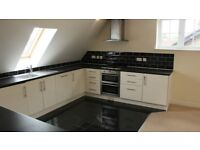 3 bedroom flat in Kanewar Heights, Avondale Road, South Croydon, CR2