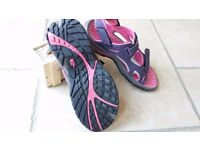 North Face walking sandals size 5 excellent condition