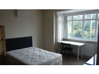 DOUBLE Room for rent in a attractive spacious 4 Bed house in Uxbridge near Brunel & Stockley Park