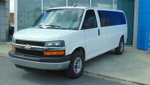 2012 Chevrolet Express 3500 90$/sem+tx**Passagers**Véhicule en m