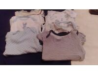 7 vests suit newbornn boy 6 long sleeve 1 short sleeve all in vgc