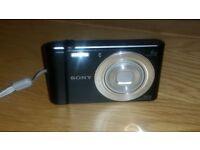 Sony Cyber - Shot DSC-W810 20.1MP 6x zoom