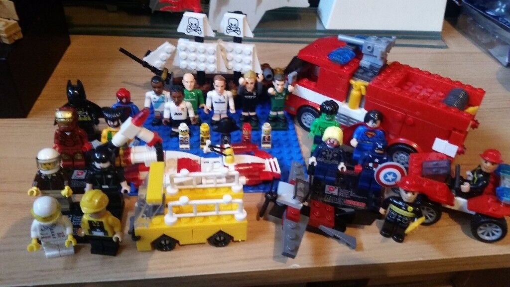Lego and mega bloks figures