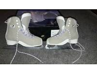 Ice Skating boots size 6