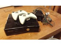 Xbox 360 slim 250GB + 2 controlers+ 11 games
